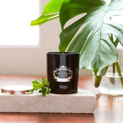 Žvakė Portus Cale Black Edition